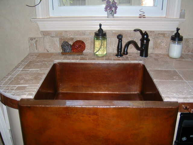 Hammered Farmhouse Copper Kitchen Sink